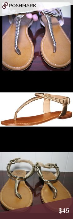 Vince Camuto Mairona Flat Sandals Metallic Color Vince Camuto Mainora Flat Sandals. Never been worn before. Used only as display. This metallic brownish color makes an awesome accent piece to your outfit. See all pictures and make me an offer💕 Vince Camuto Shoes Flats & Loafers