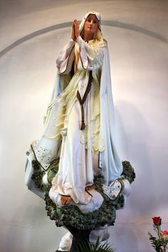 statues embody our faith Blessed Mother Mary, Blessed Virgin Mary, Catholic Art, Religious Art, Roman Catholic, Rosary Mysteries, Madonna Art, Images Of Mary, Queen Of Heaven