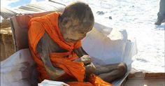 """Il mistero della mummia """"viva"""" tra realtà e credenza. Il monaco buddista in trance da 200 anni"""