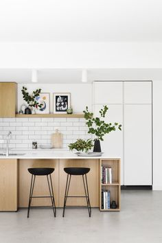 Go back to the basics with a Scandinavian kitchen style, a minimalist look that . Go back to the basics with a Scandinavian kitchen style, a minimalist look that has been growing in