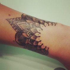 My second tattoo, big thanks to Tamara InxDeluxe. Mandala tattoo, finally. Healing process. Druga tetovaža, najlepša ti hvala, Tamara InkD...