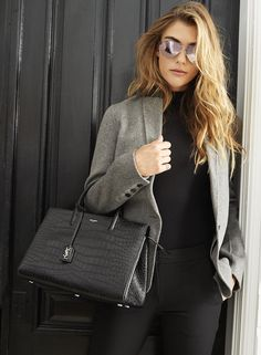 Pin for Later: 8 Interview Basics Every Girl Should Have in Her Wardrobe A Structured Bag That Will Get You Plenty of Compliments