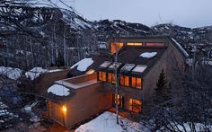 This large home in a wooded subdivision close to the Ski Lifts and the Village. Featuring a cozy and light interior with remodeled kitchen, living room with wood burning fireplace, dining outdoor bbq grill. Close to skiing and hiking in the summer. Snowmass Village, Aspen Snowmass, Colorado Vacation Rentals, Aspen Trees, Great Vacations, Winter House, Large Homes, Countries Of The World, The Neighbourhood