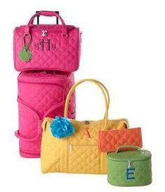 Doesn't this just make you want to hit the road and travel?  www.myinitials-inc.com/beantownbags  Shop. Host. Join.