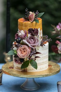 2019 Wedding Cake Trends: 25 Drip Wedding Cakes – Page 2 – Hi Miss Puff Pretty Wedding Cakes, Summer Wedding Cakes, Small Wedding Cakes, Floral Wedding Cakes, Amazing Wedding Cakes, Wedding Cake Designs, Pretty Cakes, Wedding Cake Toppers, Cake Wedding