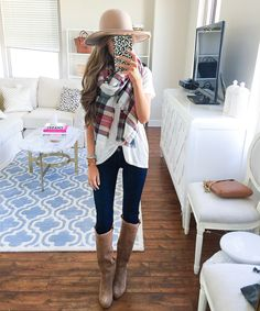 love the short sleeve tee with blanket scarf and boots!