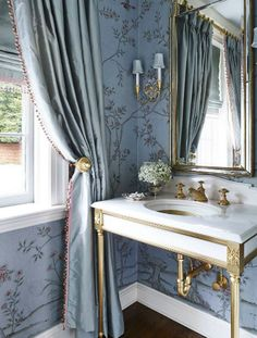 Classic bathroom design with traditional decor including blue wallpaper, formal … - Best Decoration Bad Inspiration, Bathroom Inspiration, Bathroom Ideas, Bathroom Designs, Aqua Bathroom, Bathroom Wallpaper, Master Bathroom, Master Baths, Bathroom Sinks
