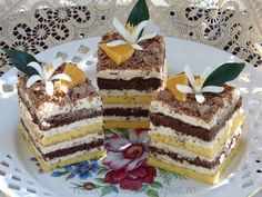Rozi Erdélyi konyhája: Narancsos kocka Diabetic Recipes, Diet Recipes, Dessert Recipes, Cooking Recipes, Hungarian Recipes, Hungarian Food, Tiramisu, Muffin, Food And Drink