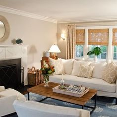 How to Decide the Best Window Treatments for your Fall Home Traditional living room windows treatments with woven wood shades Living Room New York, Cottage Living Rooms, Eclectic Living Room, Transitional Living Rooms, Living Room Grey, Home And Living, Living Room Designs, Living Room Furniture, Small Living