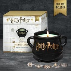 Harry Potter Cauldron Candle - Dark Arts Ring Collection (Returning So – Charmed Aroma Bijoux Harry Potter, Décoration Harry Potter, Harry Potter Accessories, Harry Potter Charms, Harry Potter Merchandise, Harry Potter Birthday, Harry Potter Presents, Harry Potter Pumpkin, Earl Grey Tee