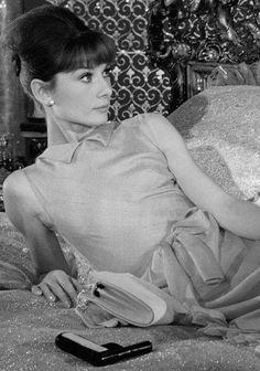 Audrey Hepburn • Insieme a Parigi (1964)