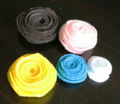 The How-To Gal: Girls Camp Craft- Rolled Felt Flowers
