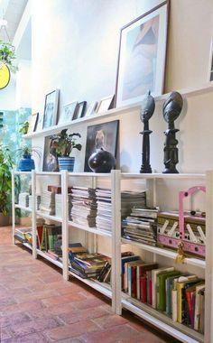 Arredamento corridoio stretto e lungo libreria a muro for Arredare un corridoio ikea