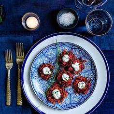 Latkes, or potato pancakes, are traditionally the star of the table during the Festival of Lights. Here are five fresh latke recipes for Hanukkah. Hanukkah Food, Hanukkah Recipes, Happy Hanukkah, Christmas Cooking, Christmas Time, Best Cookie Recipes, Fabulous Foods, Williams Sonoma, Culinary Arts
