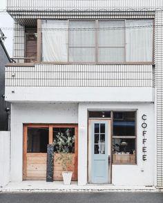 Ideas for exterior design cafe architecture Cafe Interior Design, Cafe Design, Store Design, House Design, Cafe Exterior, Exterior Design, Restaurant Exterior, Cafe Restaurant, Restaurant Design