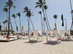 A PERFECT PLACE FOR A PERFECT BEACH DAY... — en Gabi Beach - Paradisus PALMA  REAL, PUNTA CANA MY PLACE!! LOVE MY COUNTRY :D