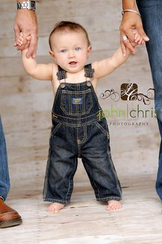 6 Month Picture Ideas For Baby Boys 6 Month Pictures, Baby Boy Pictures, Boy Photos, Newborn Pictures, 6 Month Baby Picture Ideas Boy, Family Pictures, 6 Month Photography, Toddler Photography, Newborn Photography