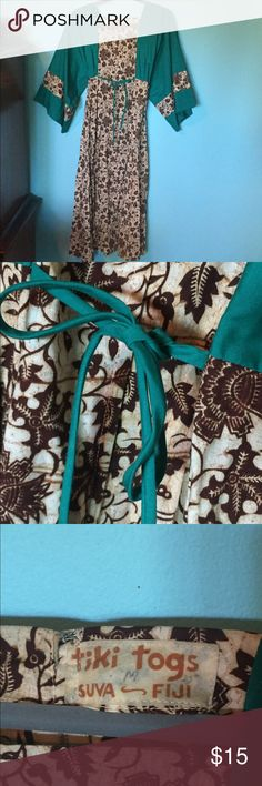 Vintage Boho Bell Sleeve dress festival Tiki Togs Beautiful Real vintage boho festival dress perfect for fall!  Beautiful teal with brown floral design. Ties in the front and in the back to be adjustable. Tiki Togs Dresses Midi