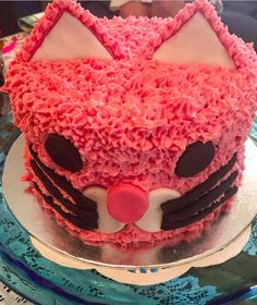 #cat #catcake #hightea #fondant #icing #buttercream #birthday #birthdaycake #kitty #pink #party