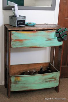 18 Incredible Ways To Repurpose Old Drawers • One Brick At A Time Drawers, Large Drawers, Workstation, Wine Barrel Planter, Wood Pallets, Painted Boards, Old Drawers, Drawers Repurposed, Cool Bars
