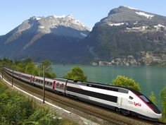 Nouvelle livrée des TGV Lyria