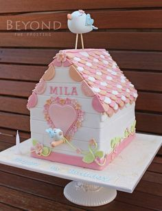 Mila's Birdhouse - Cake by beyondthefrosting