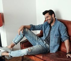 😍❤🔥do you like outfit of  Turkish Men, Turkish Beauty, Turkish Actors, Cherry Season, Actor Studio, Man Character, Perfect Man, Male Beauty, Handsome Boys