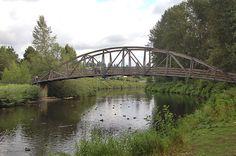 Bridge at Park of Bothell Landing   (fall family photo ideas)
