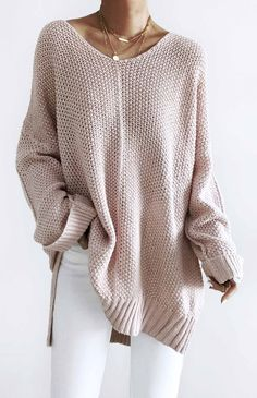 47 Free and Quick and Easy Crochet Sweater Pattern Ideas Part 39 ; knitting sweaters for beginners; knitting sweaters for women Loose Knit Sweaters, Long Sweaters, Sweaters For Women, Knitting Sweaters, Free Knitting, Winter Sweaters, Looks Chic, Looks Style, Oversized Sweater Outfit