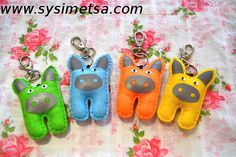 Felt Pig Keyring Reflector Handmade Pig by SysimetsaDesign on Etsy, €13.00