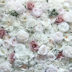 Fairytale Blomstervegg - Blomstervegg til bryllup, selskap og events Fairy Tales, Wedding Decorations, Wedding Inspiration, Invitations, Rose, Party, Flowers, Beautiful, Pink