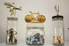 DIY trophy jars for storage (figurines) Trophy Craft, Diy Trophy, Old Trophies, Sports Trophies, Recycled Crafts, Recycled Jewelry, Craft Projects For Kids, Craft Ideas, Minute To Win It Games
