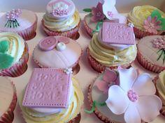 New Home cupcakes! Vintage springtime style