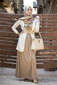 Hijab Fashion 2016/2017: Sélection de looks tendances spécial voilées Look Descreption ♥ Muslimah fashion & hijab style