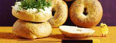 Bagels - Rezept | Swissmilk Bread, Food, Worth It, Play Dough, Breads, Bakeries, Meals