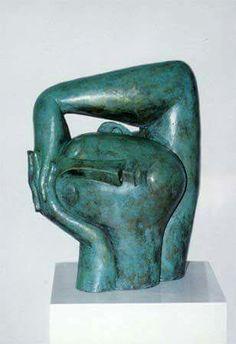 'Hoofd in de handen' (Head in hands) by Dutch artist Peter Harskamp Stone Sculpture, Sculpture Clay, Abstract Sculpture, Geometric Sculpture, Ceramic Figures, Ceramic Art, Art Pierre, Sculptures Céramiques, Contemporary Sculpture