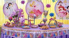 Decoración para fiesta de cumpleaños de las princesas Disney