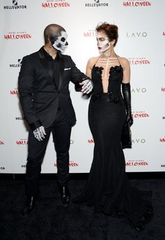 Pin for Later: Jennifer Lopez and Casper Smart Are Scary Sexy on Halloween
