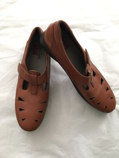 292707d149a Womens BRAND NEW SAS Tripad Comfort Shoes Size 11.5 S Brown Leather T Strap   fashion