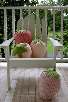 DIY strawberry pillows