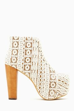 Lita Platform Boot - Ivory Crochet