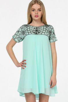 Green Short Sleeve Bead Chiffon Dress