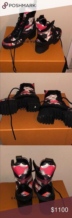 Louis Vuitton boots Louis Vuitton Overcloud Louis Vuitton Shoes Combat & Moto Boots