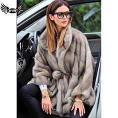 Long Fur Coat, White Fur Coat, Winter Fashion Outfits, Fur Fashion, Fur Coat Outfit, Winter Fur Coats, Sporty Chic, Mink Fur, Trench Coats