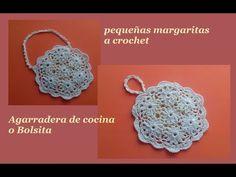 carpeta de piñas a crochet - YouTube Crochet Stitches, Crocheting, Crochet Earrings, Crochet Things, Youtube, Crochet Pouch, Crochet Bags, Margaritas, Coin Purses