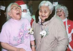 elderly people laughing Happy People, Funny People, Beautiful Smile, Beautiful People, Laughter The Best Medicine, Growing Old Together, Aged To Perfection, Young At Heart, Ageless Beauty