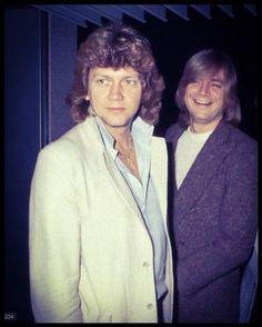 John Lodge and Justin Hayward Justin Hayward, Nights In White Satin, Blue C, Moody Blues, Blue Band, Rare Photos, Playing Guitar, Pink Floyd, Character Inspiration