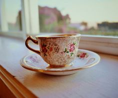seriously starting a tea cup collection <3
