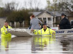 03/10/2016 - 5 dead, thousands flee as historic floods swamp South - Submerged roadways, backed-up sewers, stalled cars and flooded homes: The dramatic scenes in and around Shreveport, La., were being repeated Thursday in the South as historic flash flooding continued to pound the region.  Five people have been killed in Oklahoma, Texas and Louisiana since the deluge began earlier this week, and the heavy rain promises not to let up for at least another day.