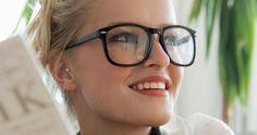 Optical Illusion: Eye Makeup & Beauty Tricks For Girls With Glasses by L'Oréal Paris. Get bold & dramatic eye looks with eyeliner, mascara & powder foundation. Cary Cooper, Makeup Tips, Hair Makeup, Makeup Ideas, Eye Makeup, Makeup Goals, Makeup Tutorials, How To Wear Makeup, Hairstyles With Glasses
